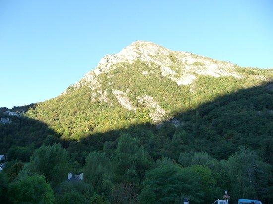 Hôtel la Brèche de Roland : vue de la chambre au lever du soleil
