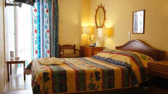 Hotel Chryssi Akti: Single Room