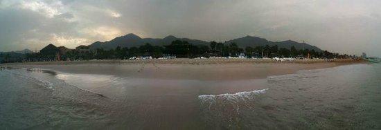 Sandy Beach Hotel & Resort: Panoramic view of the resort