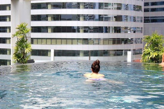 I-Residence Hotel Silom: Rooftop Pool