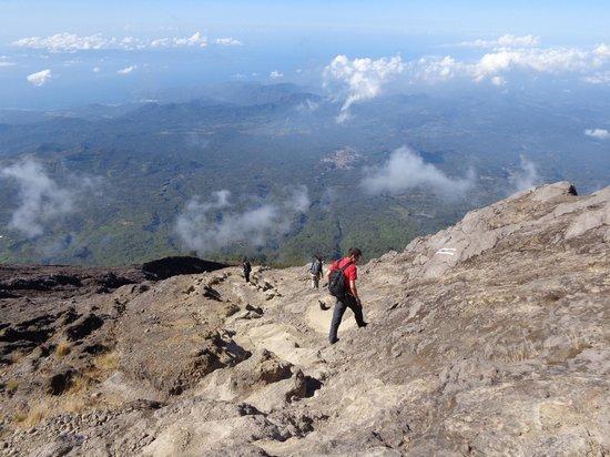 Gung Bawa Trekking