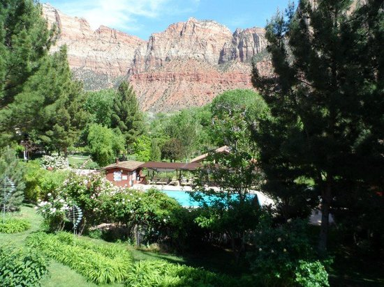 Cliffrose Lodge & Gardens: Vue du balcon