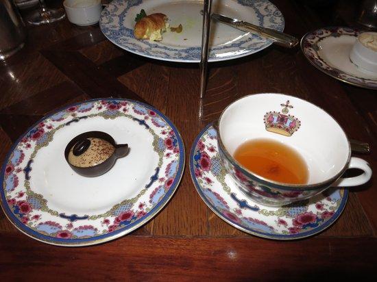 Tea at the Empress: Little tea cup, big tea cup.