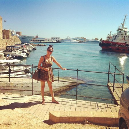 Walking Rhodes - Day Tours: Rhodes Marina