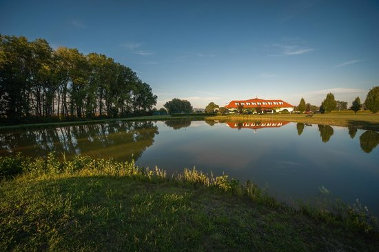 Pracharna Park Hotel Olomouc: Natural surroundings