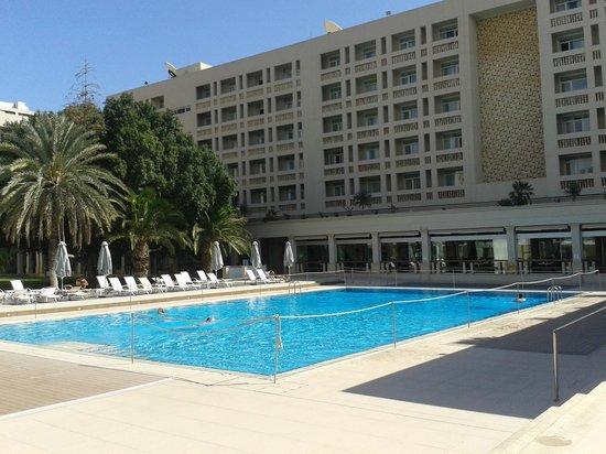 Hilton Cyprus: External pool