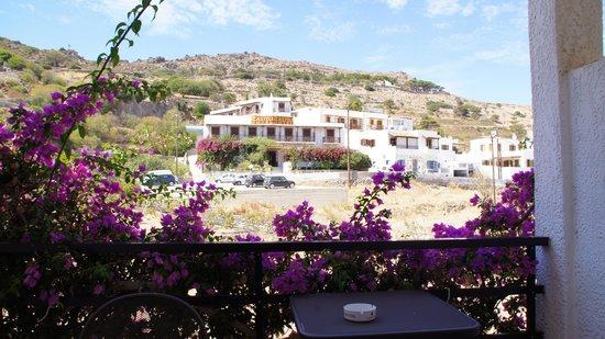 Skala Hotel: Вид с балкона