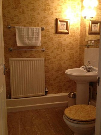The Angel at Burford: ensuite