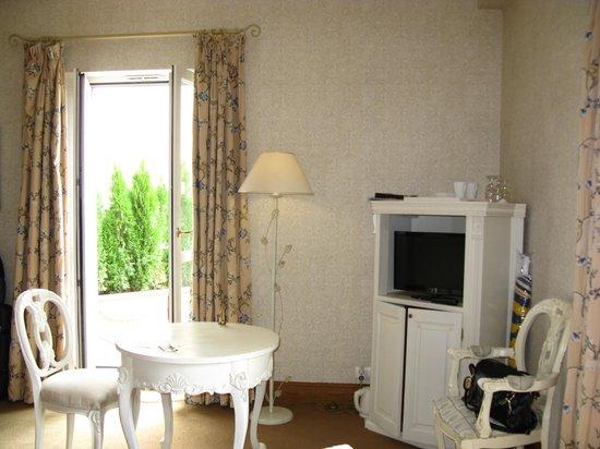 Hôtel Château De La Tour : Our suite