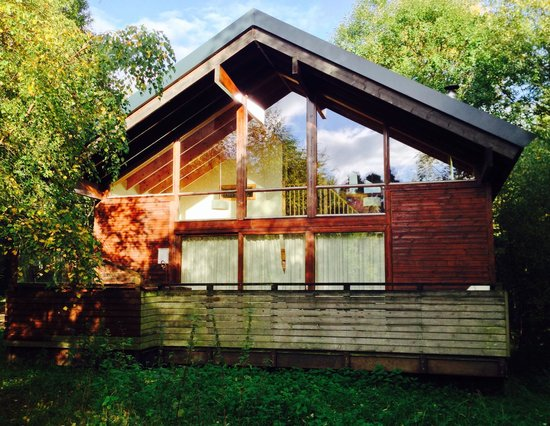 Beautiful logcabin number 23 picture of forest holidays for Log cabins for sale north yorkshire