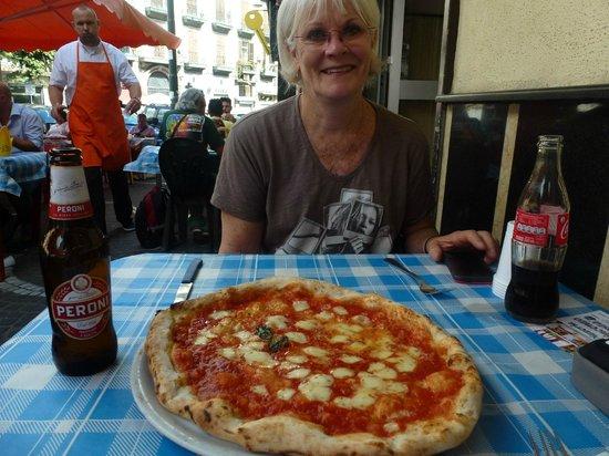 """Antica Pizzeria Vincenzo Costa: """"lovin' it"""""""