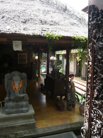 Puri Garden Hotel & Restaurant: Reception