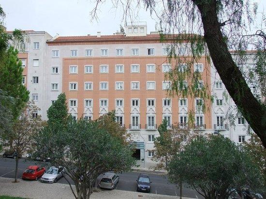 Hotel Miraparque: Miraparque Hotel from the park