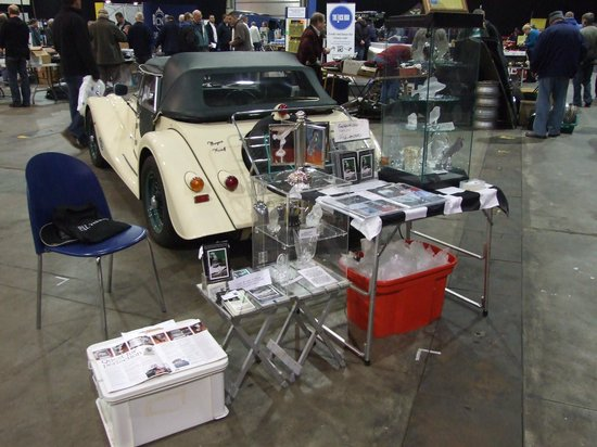Marche aux Puces de la Porte de Vanves: Our stand at the autojumble