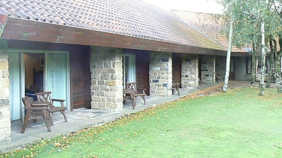 Chevin Country Park Hotel & Spa: The area outside the room's patio doors