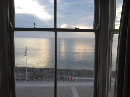 Gwesty'r Marine Hotel : View from our room
