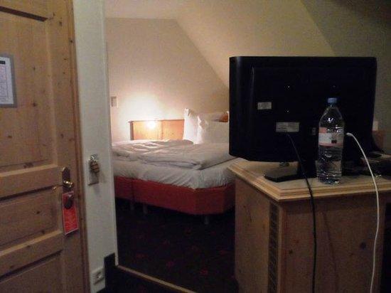 Grosch Hotel: Zimmer 211