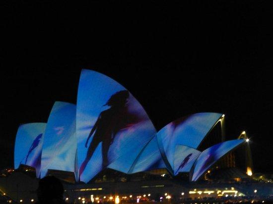 Vivid Sydney : Light Show on Opera House
