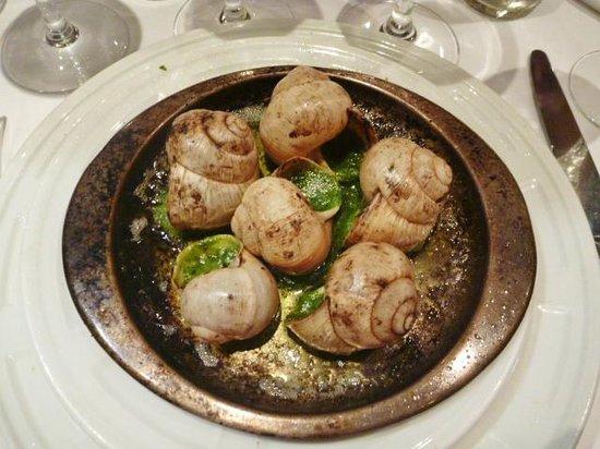 Chez Georges: Best escargots !