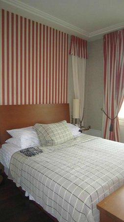 Mamaison Riverside Hotel Prague: Our Room