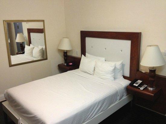 Harrison Hotel: quarto