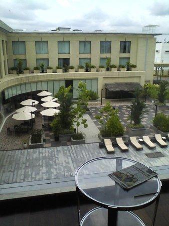 Courtyard by Marriott Kochi Airport: MOMO CAFE