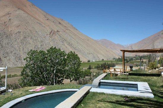 Cabanas Elquimista: Vista desde la piscina