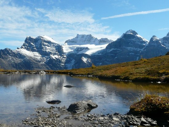 Sentinel Pass : High lochan