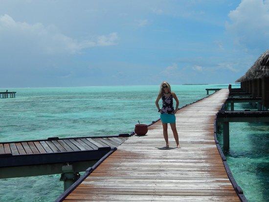 Hotel Medhufushi: pres des pilotis