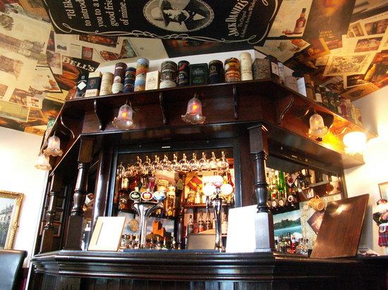 Heworth Court Hotel: Minster Bells Whisky Bar