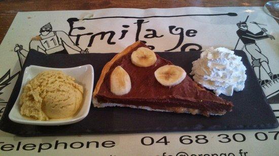 Cafe L'ermitage : La tarte chocolat/banane accompagnée de sa glace à la vanille et boule de chantilly