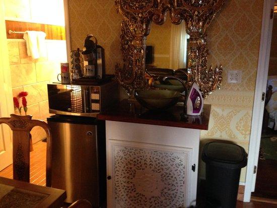 Dover Garden Suites: Fridge/Keurig/Microwave and 1/2 Bath in background