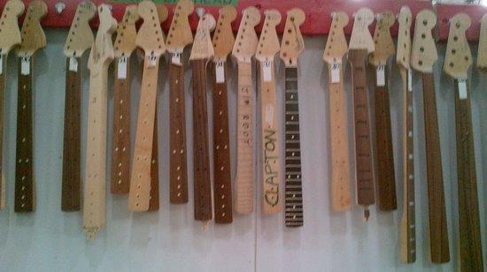 Fender Guitar Visitor Center: Neck heaven
