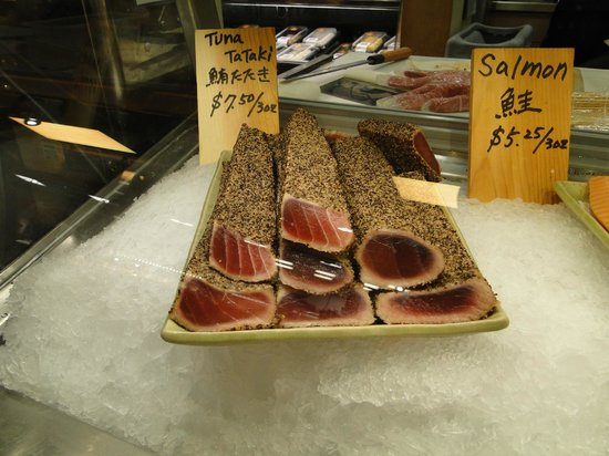 Cafe at Wegmans: Beautiful looking tuna at the sushi bar