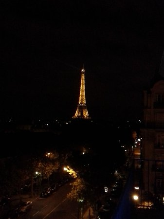 Hotel Duquesne Eiffel: View from our balcony