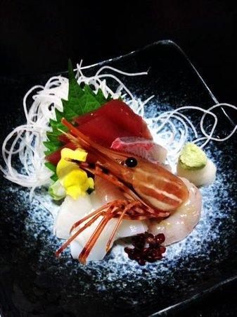 Hakone Suimeiso: fresh sashimi