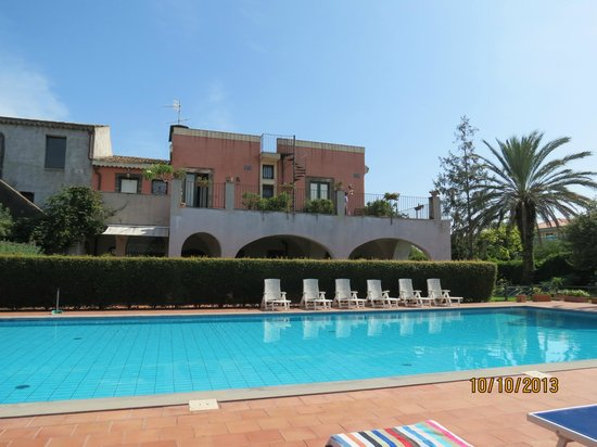 Etna Hotel : piscine