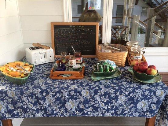 Harborage Inn on the Oceanfront: breakfast