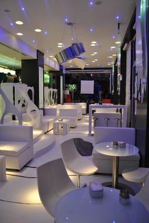 Monblanc Cafe: sala