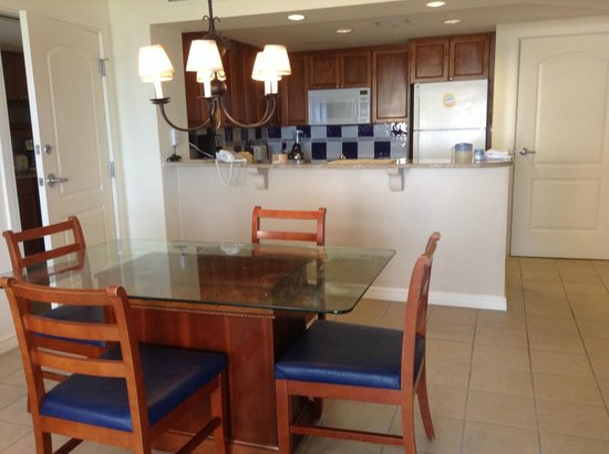 Marriott's Aruba Ocean Club: sala de jantar/cozinha