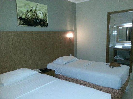 Taman Rosani Hotel & Villa: Ground floor room
