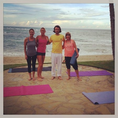 Velero Beach Resort: Our Afternoon Yoga Class