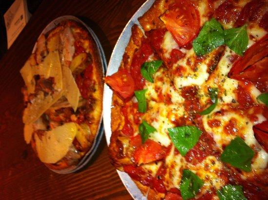 Goodlife Organic Modern Pizza: Margarita and chicken. Yum!!