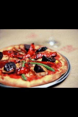 Goodlife Organic Modern Pizza: Vegetarian pizza