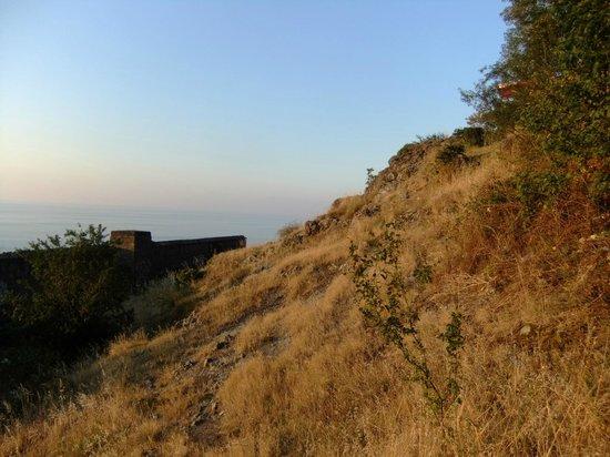 Der erste Aussichtsfelsen auf dem Boztepe