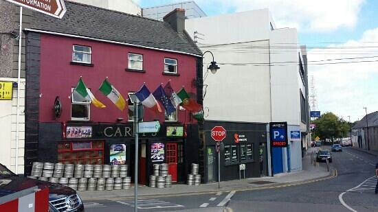 Careys Tavern: athlone