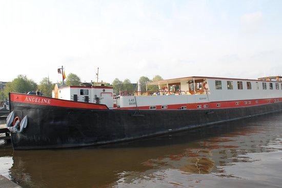 Hotelboot Angeline