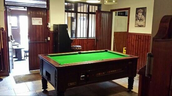 Careys Tavern: pool room