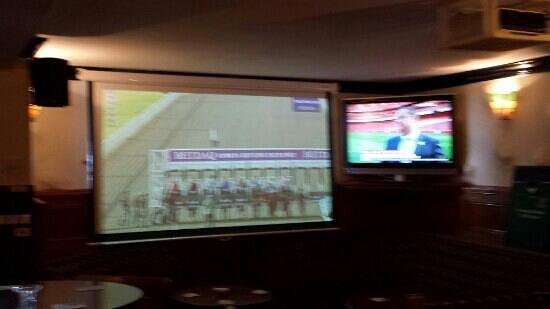 Careys Tavern: big screen sky sports