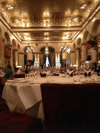 Savini: Dining room of the Criterion